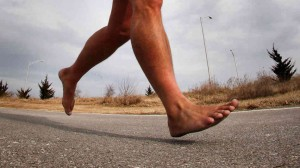 runningbarefoot_wide-e813c718b81920e797e5ff13efd6c57a30a8258b-s6-c30